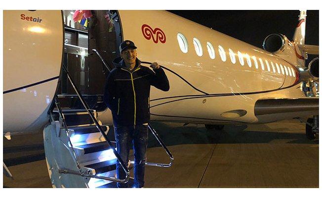 Fenerbahçe Mesut Özil'le görüşmelere başladığınıKap'a bildirdi