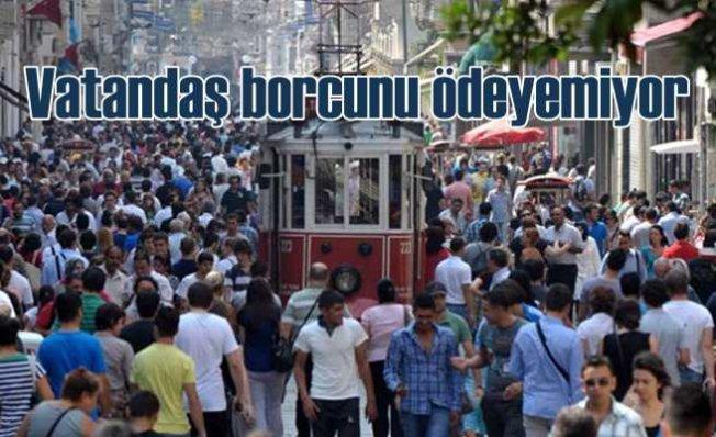 İstanbulluların yüzde 56'sı geçinecek kadar kazanmıyor