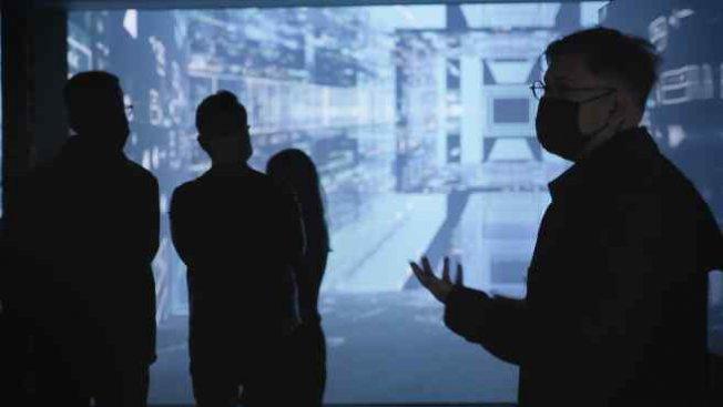 Refik Anadol'un 'Makine Hatıraları Uzay' Sergisi İstanbul'da