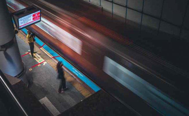 İBB   Metrolarda 13 kadın istasyon amiri görevde