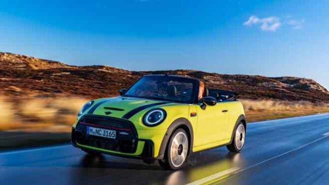 Yeni Nesil MINI Cabrio Elektrikleniyor