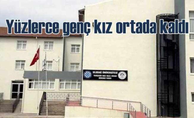 Bursa'da yurt rezaleti | Yüzlerce genç kız ortada kaldı