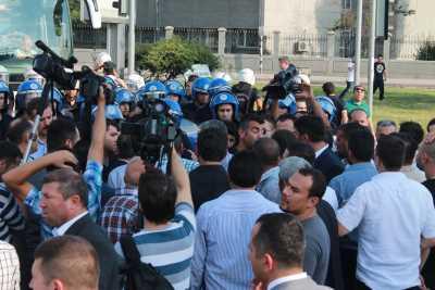 Ankara'da ülkücü gruba Çevik Kuvvet müdahalesi
