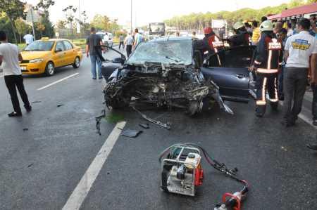 Beşiktaş'ta feci kaza, 9 yaralı var
