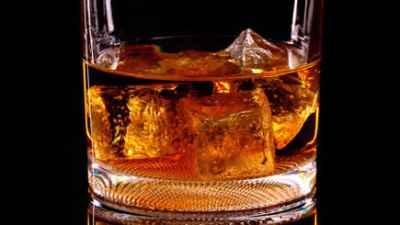 Hastalara viski servisi