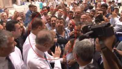 İhsanoğlu'na Adana'da çirkin tepki