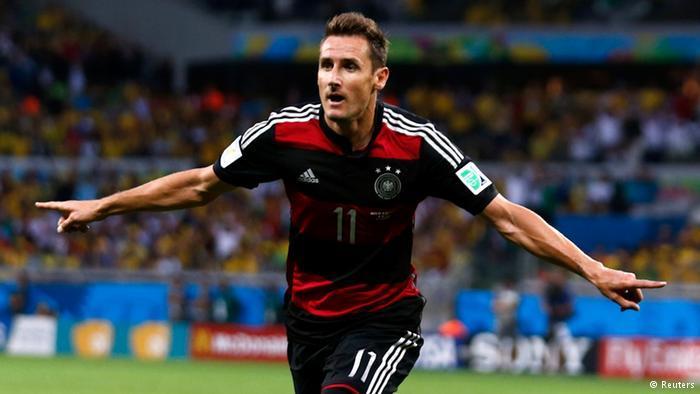 Klose, Brezilya'ya attığı golle tarihe geçti