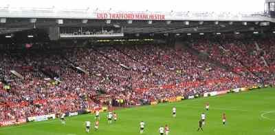 Old Trafford'a tabletle girmek yasak