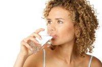 Su kaybını önlemek için, susamadan su için