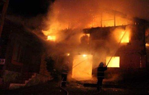 Abant Tabiat Parkı'nda yangın: Tatilciler zor kurtuldu