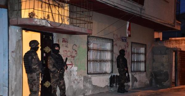 Adana'da Uyuşturucu Çetelerine Şafak Operasyonu