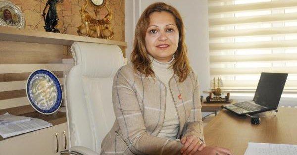 Afyonkarahisar'daki ön seçimde birinci sıra kadın avukatın
