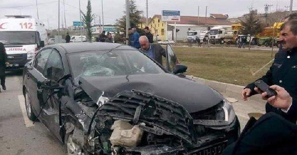Ak Parti Kütahya Milletvekili Kavuncu kaza geçirdi