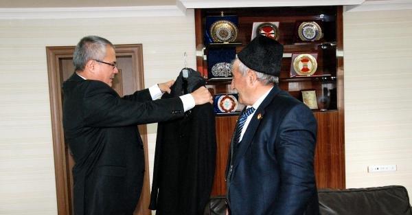 Ardahan'da Gazilere Bayram Hediyesi Kaban