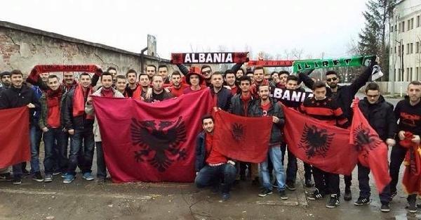 Arnavutluk'un Ermenistan galibiyeti coşkuyla kutlandı