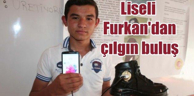 Ayakkabıyla cep telefonu şarj etti: Liseli Türk'ün başarısı