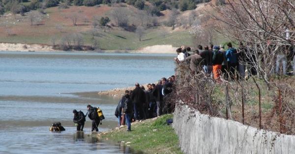 Balık oltası almak için baraj gölüne giren lise öğrencisi boğuldu