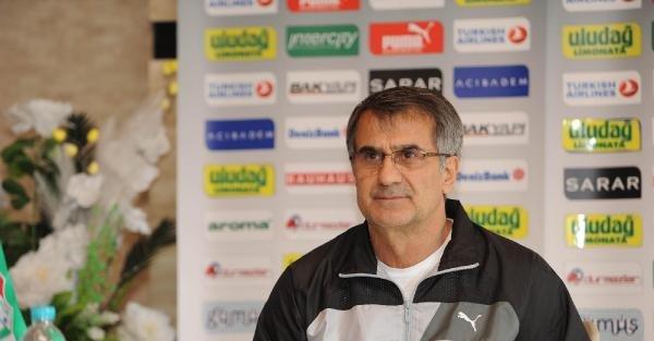 Bursaspor teknik direktörü Güneş basın toplantısı yaptı