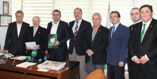 Bursaspor'da başkan adayı Timur Noyan listesini verdi (haberine ek)