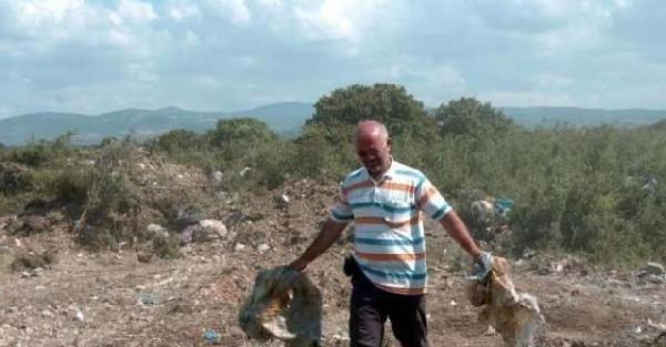 Çevreci muhtar çöplük alanı ağaçlandırdı