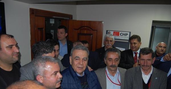 CHP İzmir'de 16 yıl sonra önseçim yaptı (Ek fotoğraf)