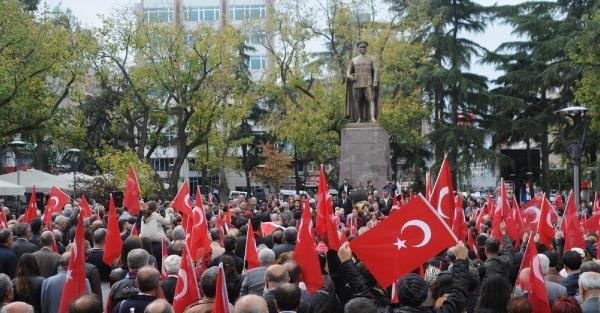Chp Trabzon'da Cumhuriyet Yürüyüşü Düzenledi