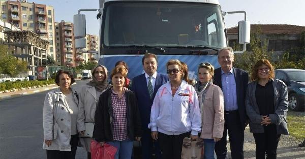 Chp'li Belediyelerin İlk Yardım Tır'ı Maltepe'den Yola Çikti