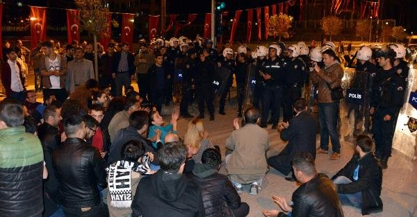CHP'nin TIR'ı polis...