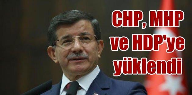 Davutoğludan sert açıklama: O iddiaların bir parçası oldular