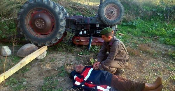 Devrilen Traktörünün Altında 2.5 Saat Kurtarılmayı Bekledi