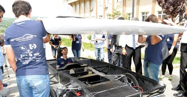 Dokuz Eylül Üniversitesi'nden güneş enerjili araç