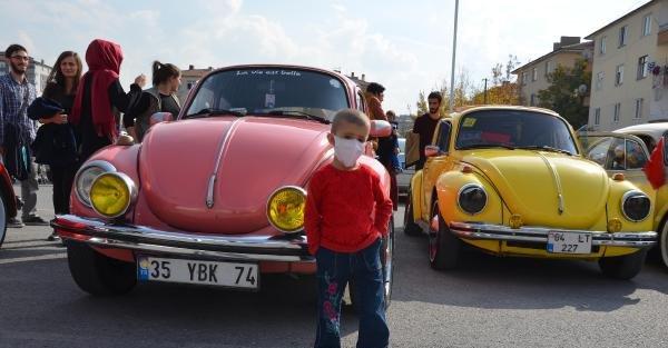 Down Sendromlu Ve Lösemili Çocuklardan Cumhuriyet Bayramı Kutlaması