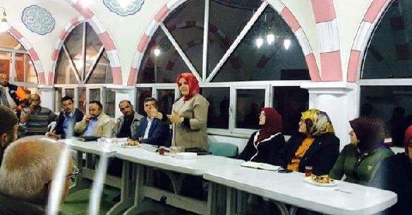 Düzce'de 'camide siyasete' tepki (2)