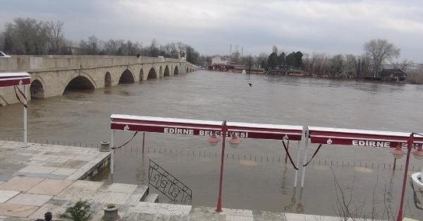 Edirne'de yine taşkın alarmı
