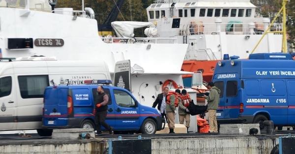 Ek Fotoğraflar// Cesetler Adli Tıp Kurumu Morguna Kaldırılıyor