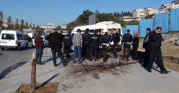 Ekip Aracı Kaza Yaptı : 1 Polis Yaralı