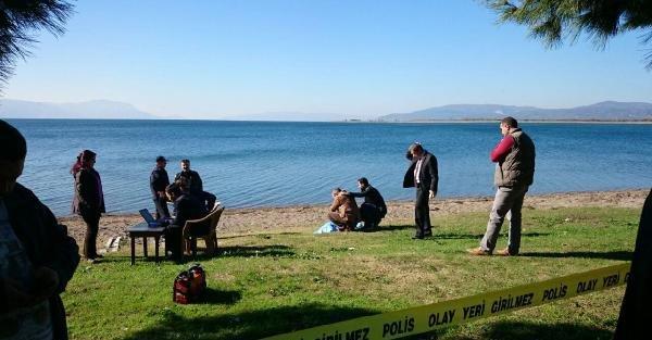 Emekli Vergi Memuru Göl Kıyısında İntihar Etti