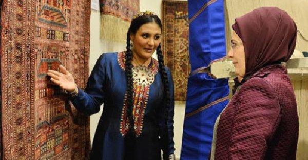 Emine Erdoğan, Türkmenistan'da Milli Halı Müzesi'ni Ziyaret Etti