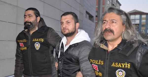 Eskişehir'de garson genci bıçaklayarak öldüren zanlı Bursa'da yakalandı