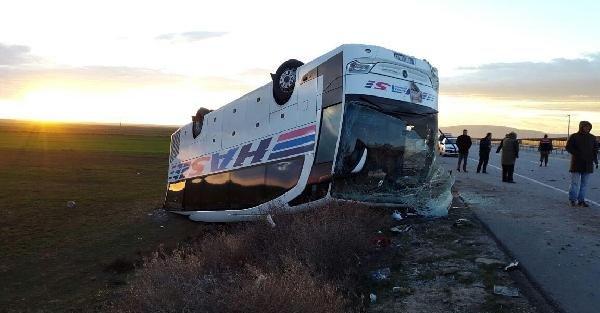 Eskişehir Çifteler'de otobüs devrildi, 1 ölü 29 yaralı var