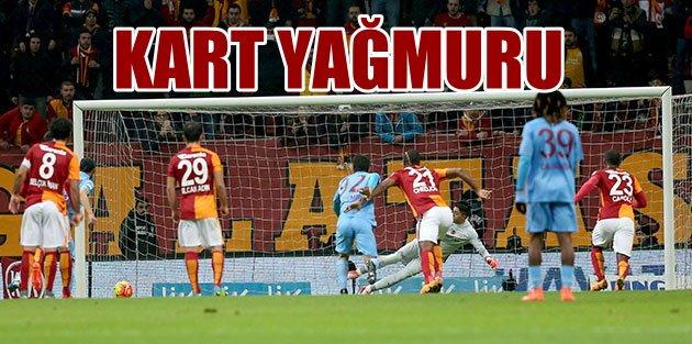 Galatasaray kendi sahasında Trabzonspor'u zor geçti 2-1