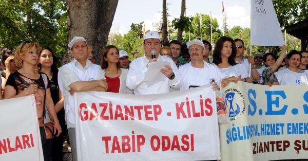 Gaziantep'te sağlık çalışanları eylemlerini sürdürdü
