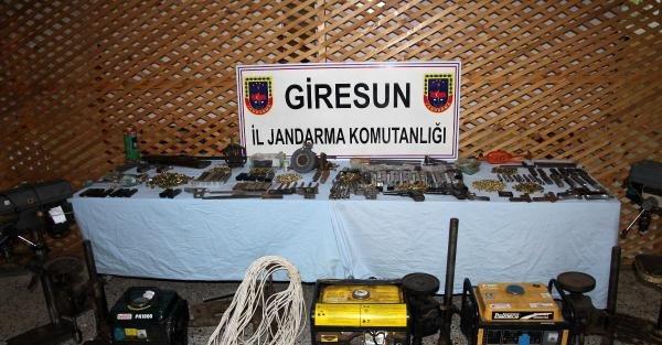 Giresun'da kaçak silah imalathanesi : 4 gözaltı