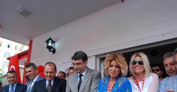 Gülben Ergen, Akşehir'de 27'nci anaokulunu açtı