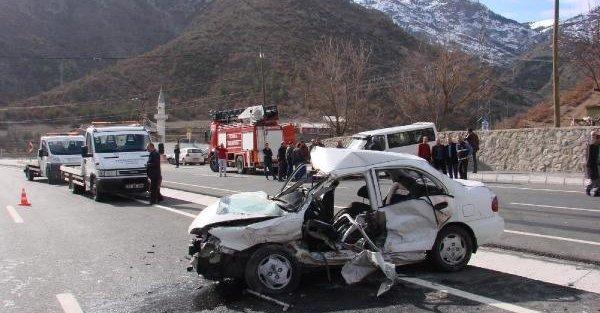 Gümüşhane'de trafik kazası: 3 ölü