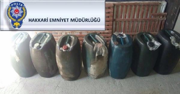 Hakkaride 450 Litre Kaçak Mazot Ele Geçirildi.