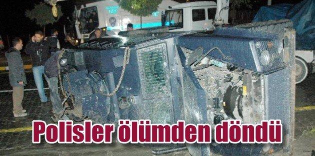 Hakkari'de zırhlı araç devrildi, 6 polis yaralı