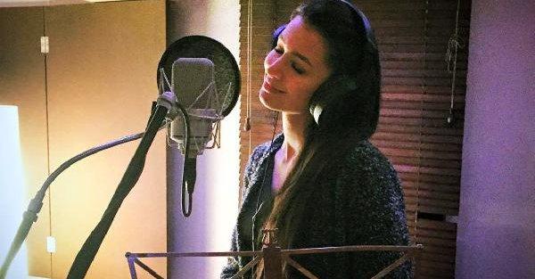 İlk klibi 3 ayda 7 milyondan fazla izlenen 'Ayshe' yeniden stüdyoya girdi