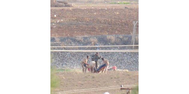 Işid'in Havan Mermisine Hedef Olan 2 Ypg'liden 1'i Öldü / Ek Fotoğraflar