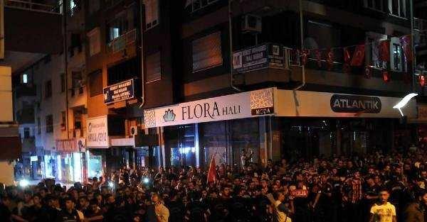 Isparta HDP teşkilatı ateşe verildi, olaylar kontrolden çıktı